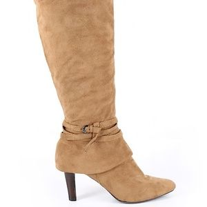 Impo Size 7 1/2 Tan Boots